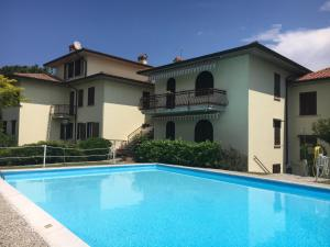 Sirmione Lake and Pool Apartment - AbcAlberghi.com