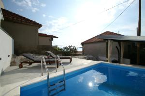 Apartment Diana with swimming pool in Brela, Apartmány  Brela - big - 34