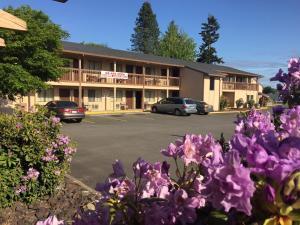 Centralia Inn