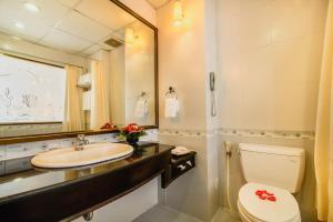 Huong Giang Hotel Resort & Spa, Resort  Hue - big - 207