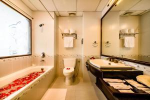 Huong Giang Hotel Resort & Spa, Resort  Hue - big - 82