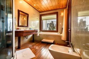 Huong Giang Hotel Resort & Spa, Resort  Hue - big - 195