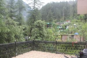 Homely Stay In Kasol
