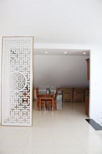Milan House, Szállodák  Hạ Long-öböl - big - 67