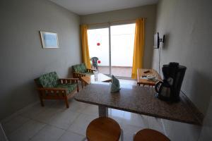 Aparthotel Las Lanzas, Апарт-отели  Лас-Пальмас-де-Гран-Канария - big - 2