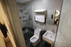 Pantai Regal Hotel, Hotely  Kuantan - big - 43