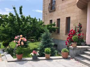 Villa in Nork, Villas  Yerevan - big - 8
