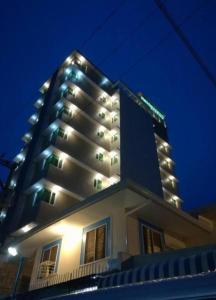 Dalian Peak Hotel, Hotely  Angeles - big - 28