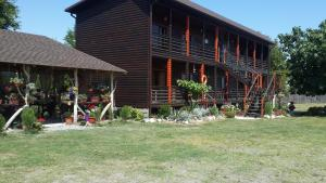 BLACK-HOUSE, Penzióny  Picunda - big - 26