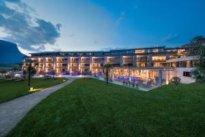 Hotel Weinegg - AbcAlberghi.com