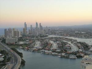 Panoramic Ocean Views of the Gold Coast