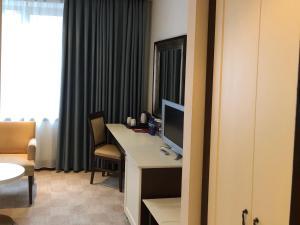 Intourist Batumi Hotel, Hotels  Batumi - big - 5