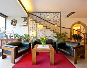 Hotel Elefant, Hotels  Ora/Auer - big - 33