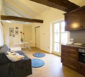 Mini Luxury Apartments