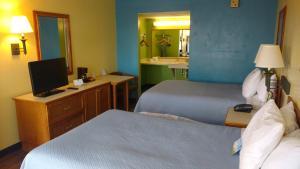 Days Inn & Suites by Wyndham Davenport, Szállodák  Davenport - big - 4