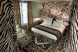 Hotel du Petit Moulin (9 of 48)