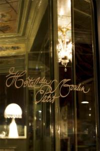 Hotel du Petit Moulin (10 of 48)
