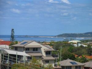 Beaches 1, Nyaralók  Yamba - big - 1