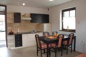 Apartma Cifra Catez - Apartment - Brežice