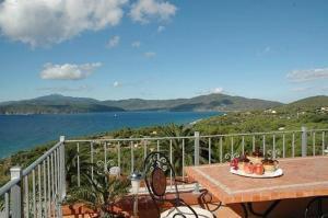 Appartamenti Golfo Stella Casetta (trilocale) - AbcAlberghi.com