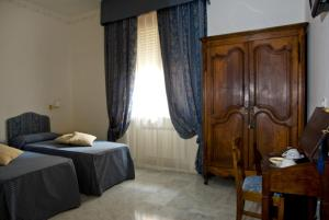 Lady Rose Bed & Breakfast - AbcAlberghi.com
