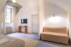 Apartment at Castle II