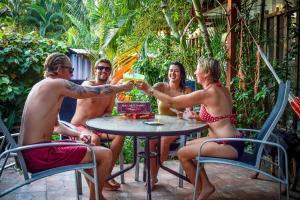 Roatan Backpackers' Hostel, Hostels  Sandy Bay - big - 163