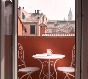 BED IN BO Porta San Mamolo - AbcAlberghi.com