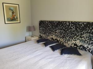 By the Beach, Apartmány  Almancil - big - 8