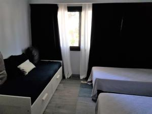 By the Beach, Apartmány  Almancil - big - 56