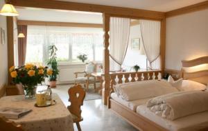 Hotel Dernbachtal - Annweiler am Trifels