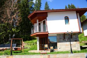 Ski Chalets at Pamporovo - an affordable village holiday for families or groups - Hotel - Pamporovo