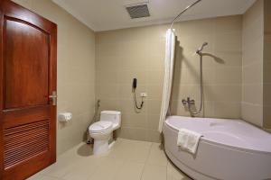 Hoang Son Peace Hotel, Hotel  Ninh Binh - big - 163