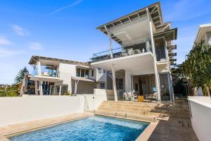 Paperbark B - Luxury Duplex Sunshine Beach