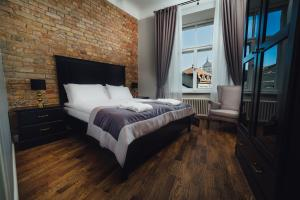 Sherlock Art Hotel - Rīga