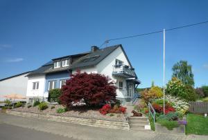 Ferienwohnungen Engelsgaertchen - Lingerhahn