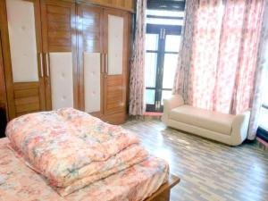 Homestay with perfect Nature view, Shimla - Kīar