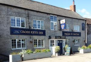 Cross Keys Inn - Sparkford