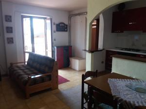 Appartamento Carla-Viola - Apartment - Camigliatello Silano