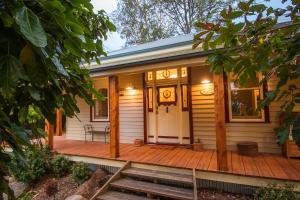 The Oaks Lilydale Accommodation - Lilydale