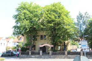 Penzion Gasthof Gruner Baum Bayreuth Německo
