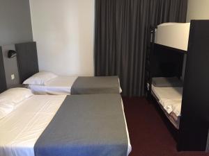 Brit Hôtel Marvejols, Отели  Марвежоль - big - 53