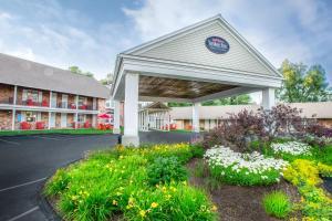 Yankee Inn - Hotel - Lenox