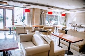 Albergues - Elan Hotel Nantong Tongzhou Bus Terminal