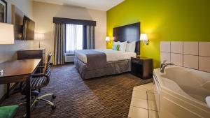 Best Western Magnolia Inn and Suites, Hotely  Ladson - big - 65