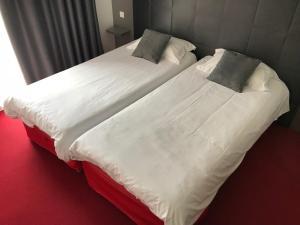 Brit Hôtel Marvejols, Отели  Марвежоль - big - 67