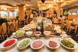 Huong Giang Hotel Resort & Spa, Resort  Hue - big - 75
