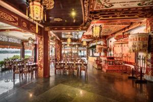 Huong Giang Hotel Resort & Spa, Resort  Hue - big - 111