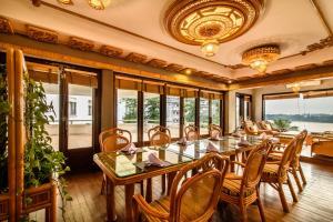 Huong Giang Hotel Resort & Spa, Resort  Hue - big - 99