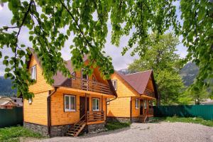 Uyutniy Arkhyz Guest House - Hotel - Arkhyz